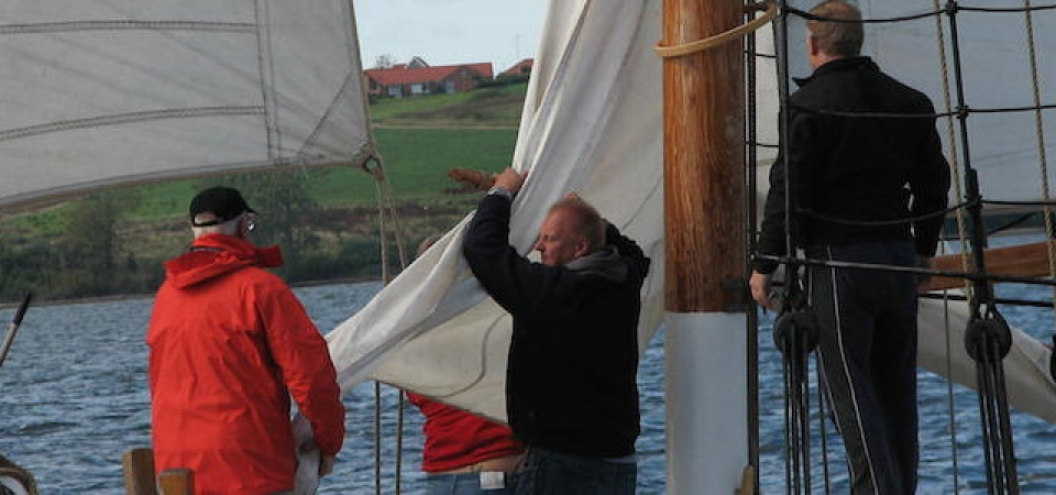 teambuilding-activities-from-copenhagen-denmark-aboard-the-schooner-mira