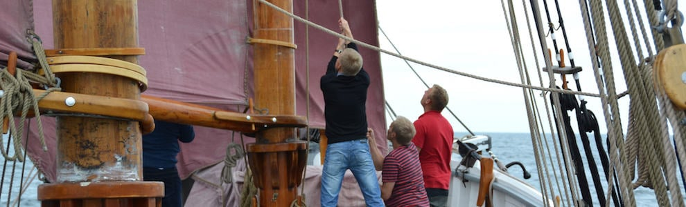 boat-charter-on-the-danish-schooner-halmoe